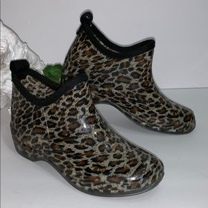 Corkys Stormy Cheetah Print Rainboots
